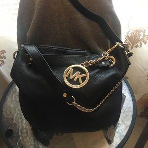 Micheal Kors leather shoulder bag(Purse)